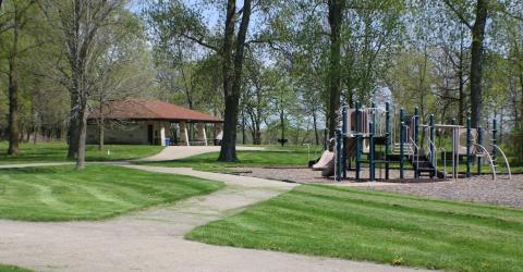 Lake farm park
